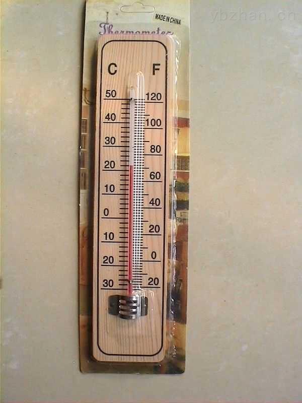江苏常州市瑞明仪表厂是生产玻璃温度计和工业自动化仪表的专业厂家。本厂年销售额达2000万以上,厂房面积达八千多平方米,员工人数186人以上。主要产品有:玻璃棒式温度计、金属保护套温度计、玻璃内标式温度计、玻璃水银精密温度计、双金属温度计、鱼缸温度计、水族温度计、海水比重计、比重计、寒暑表、湿度计、纸板温度计、温度计表芯、室内温度计、烟包温度计、电接点温度计(导电表)、烘箱温度计、竹节温度计、压力式温度计、压力表、玻璃转子流量计、数字显示仪、热电阻和热电偶等上万个品种。 本厂生产的各种系列产品均按国家标准制